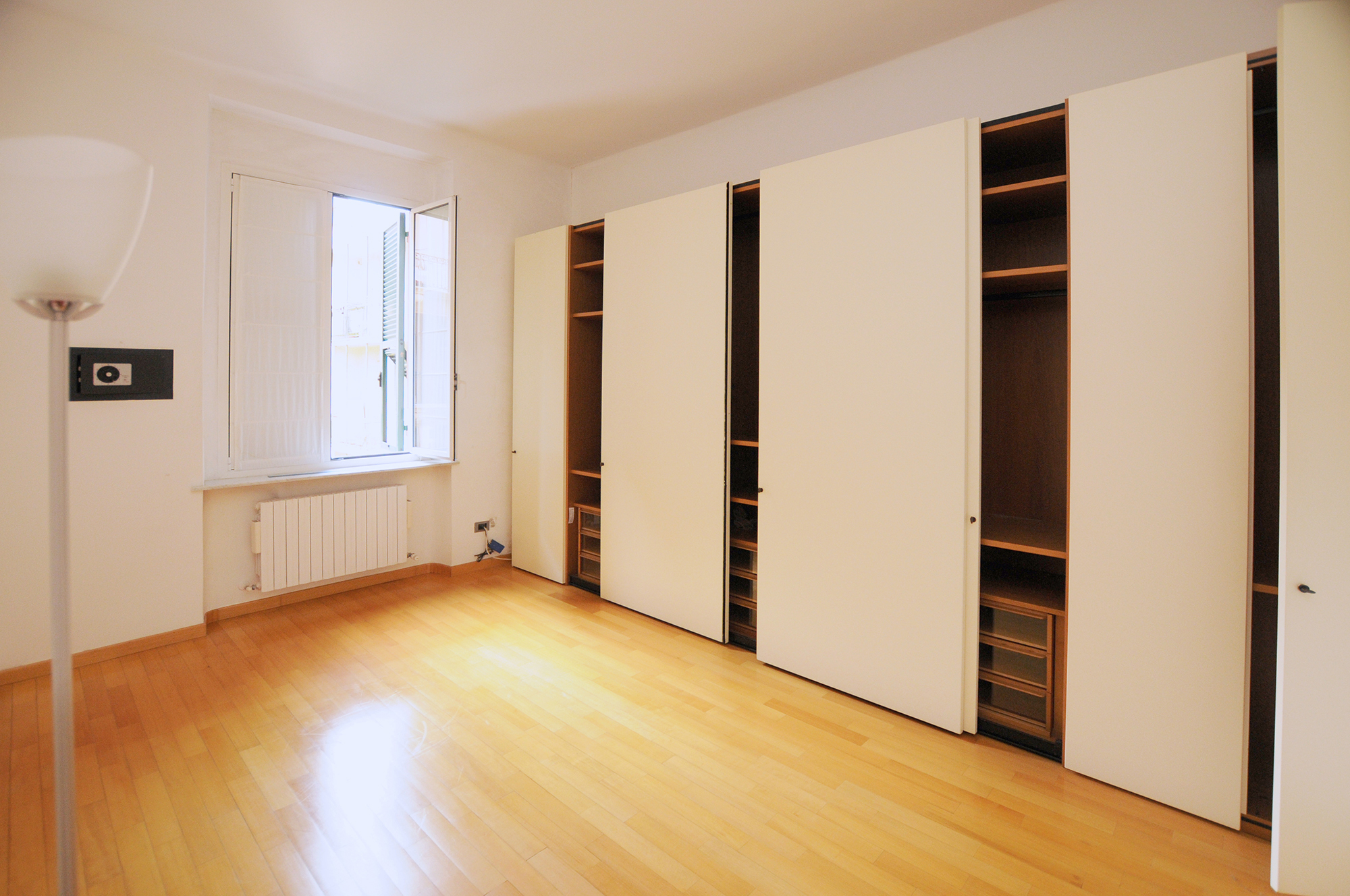 Appartamento casa genova affitto arredato arredataimmobile for Affitto genova arredato